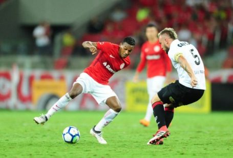 Vitoria - Internacional 2-3
